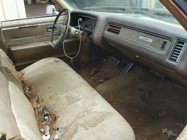 Inside dashboard view - 1970 Brown Pontiac Grand Bonneville donated to Kars For Kids