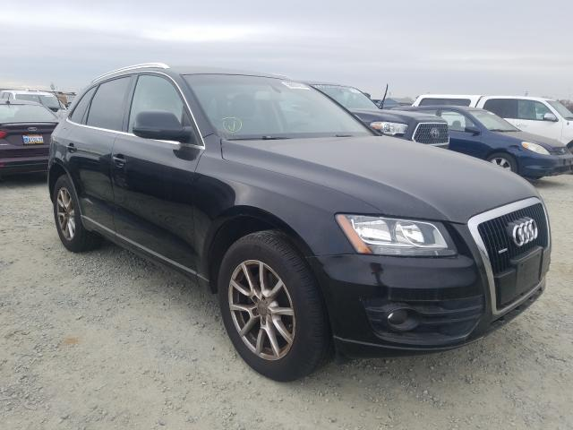 2010 Audi Q5 Black  - front right view