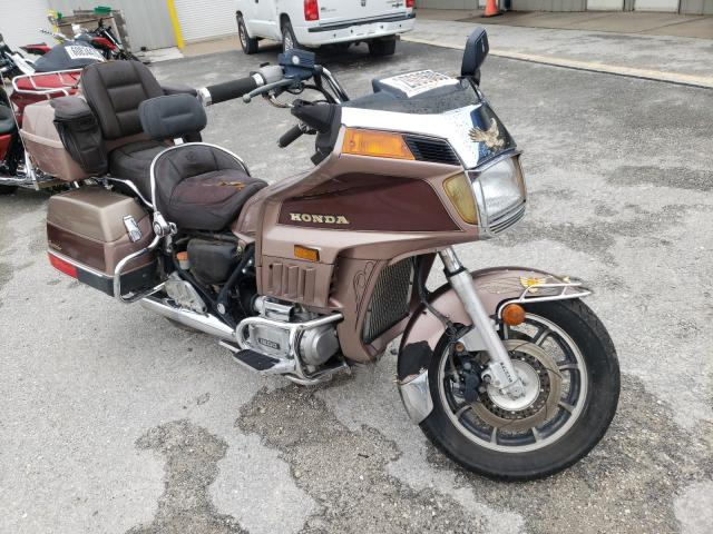 1986 Honda Gl1200 A Brown  - front right view