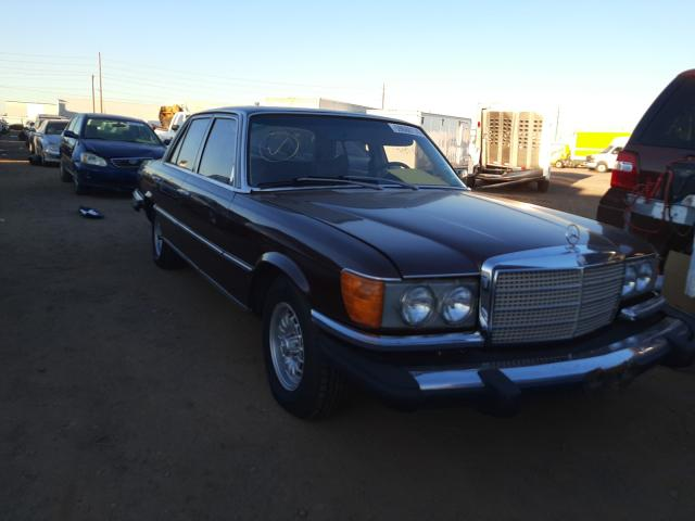 1975 Mercedes Benz 400 Burgundy  - front right view