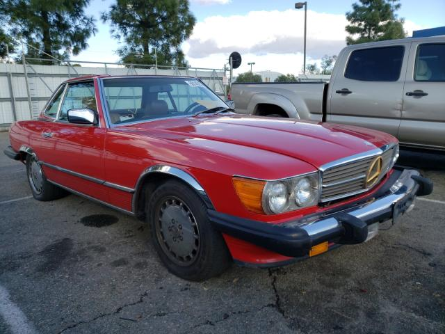 1986 Mercedes Benz 560 Sl Red  - front right view