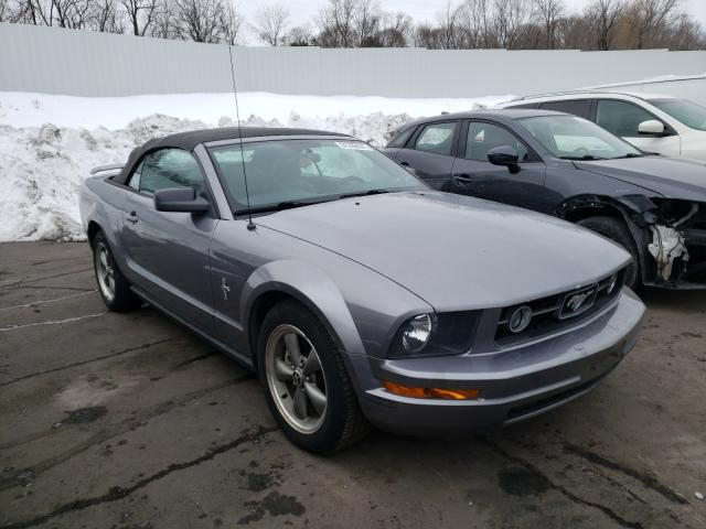 2006 Ford Mustang Gray  - front right view