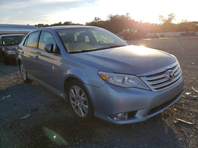 2011 Toyota Avalon Bas Blue  - front right view