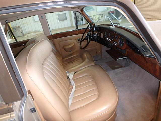 1964 Bent S3 2tone  - interior - front
