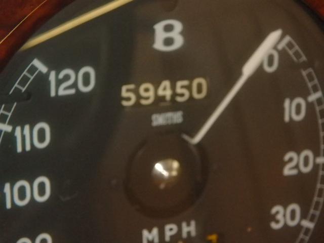 1964 Bent S3 2tone  - odometer