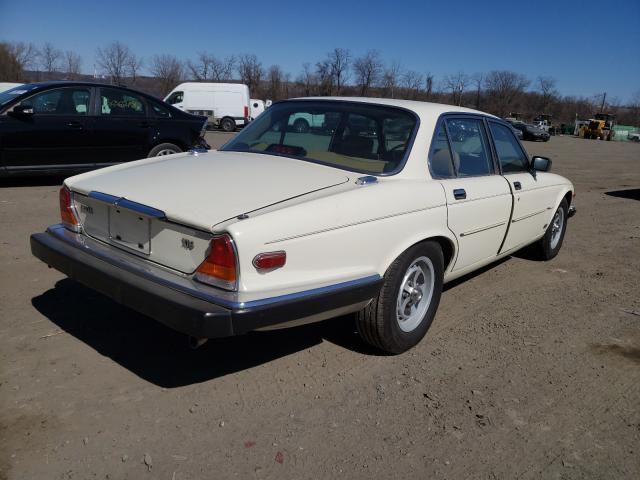1987 Jaguar Xj6 White  - rear right view
