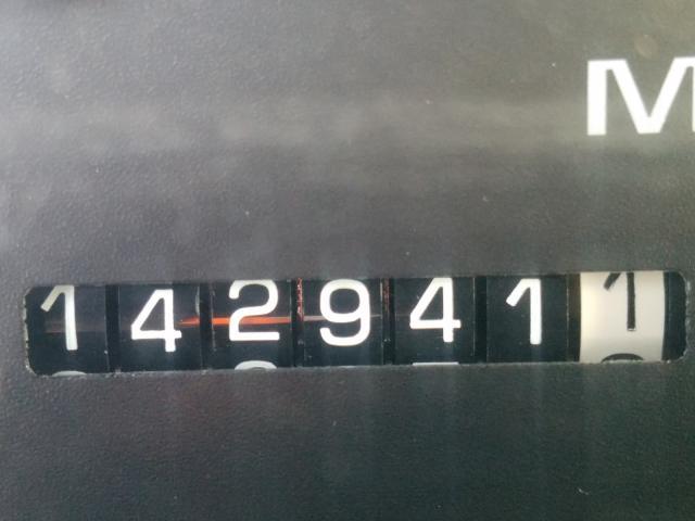1999 Chevrolet Suburban K Beige  - odometer