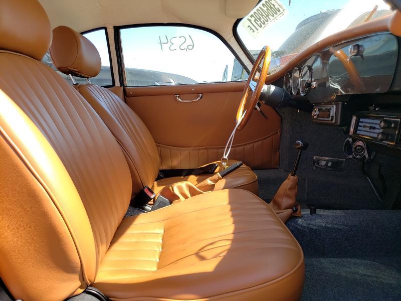 1974 Volkswagen Beetle Gray  - interior - front