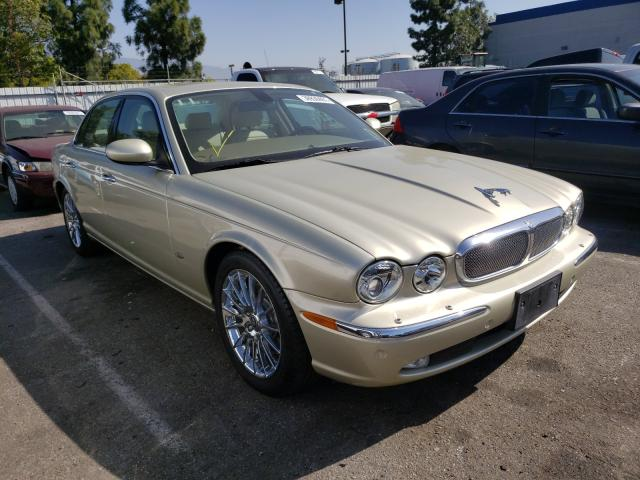 2006 Jaguar Xj8 Beige  - front right view