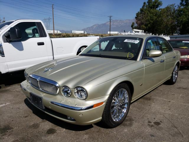 2006 Jaguar Xj8 Beige  - front left view