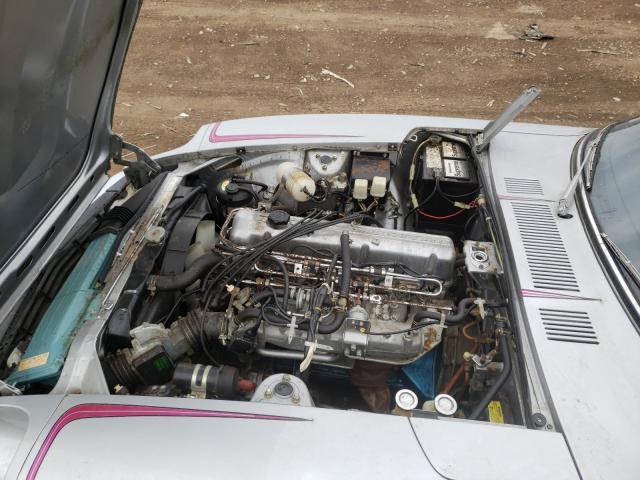 1976 Datsun 280zx Silver  - engine