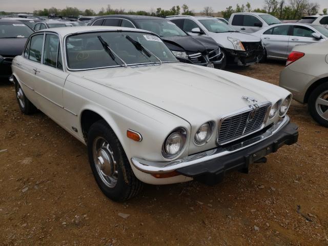 1983 Jaguar Xj Cream  - front right view
