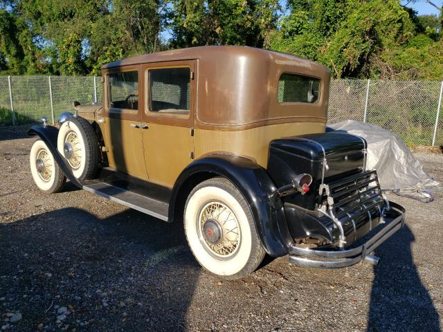1930 Cadillac Lasalle 2tone  - rear left view