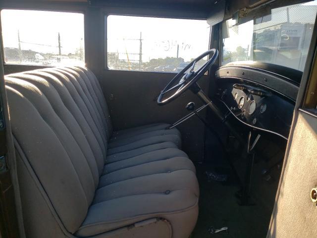 1930 Cadillac Lasalle 2tone  - interior - front