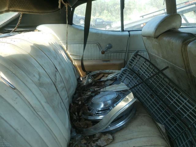 1970 Chevrolet Malibu 2tone  - back view