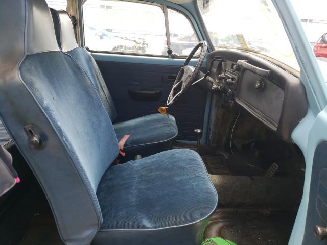 1972 Volkswagen Beetle Blue  - interior - front