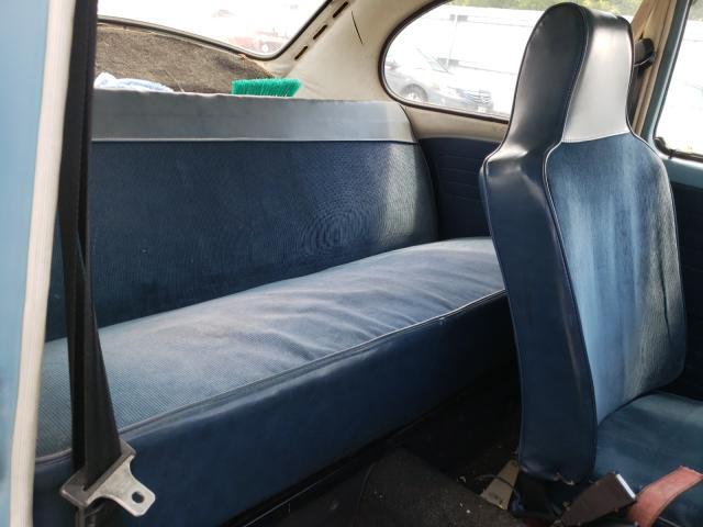 1972 Volkswagen Beetle Blue  - back view