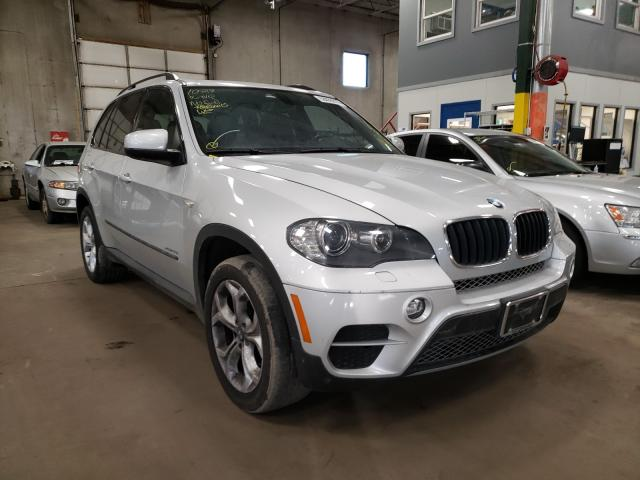 2011 Bmw X5 Xdrive3 Silver  - front right view