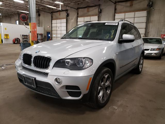 2011 Bmw X5 Xdrive3 Silver  - front left view